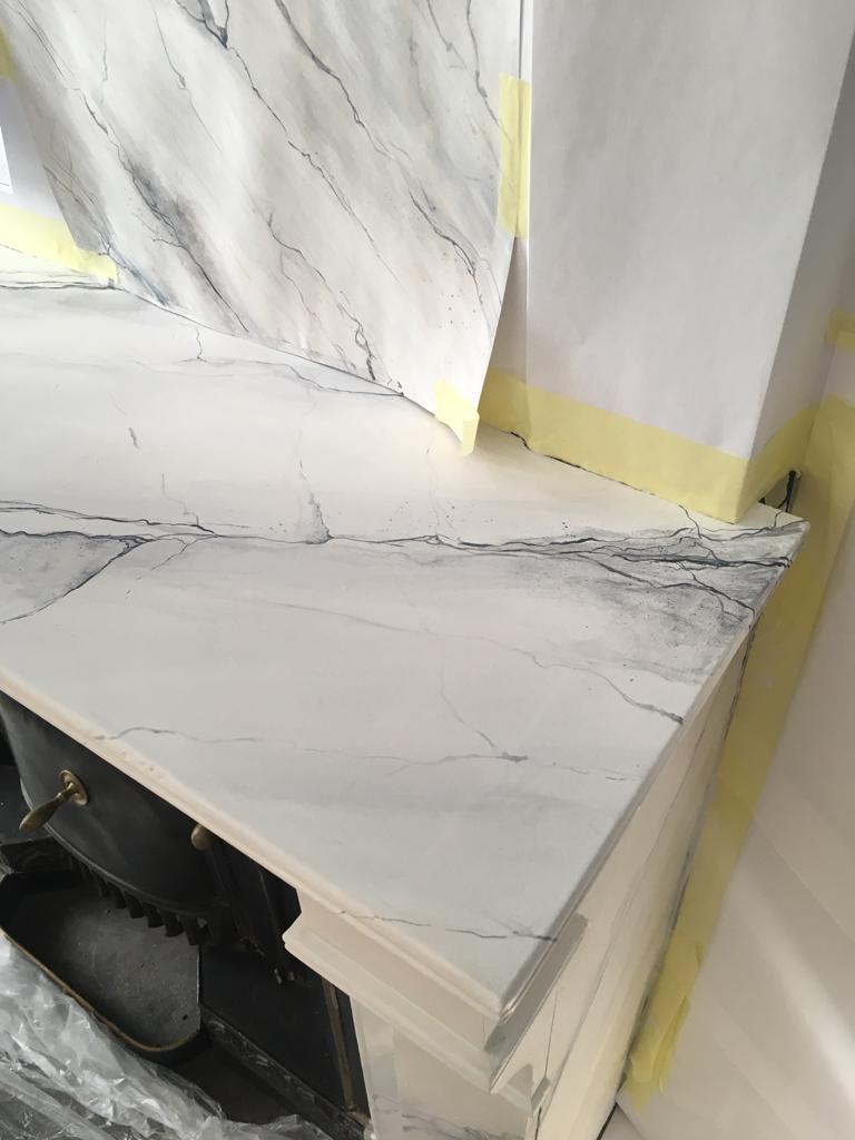 Cheminée faux marbre